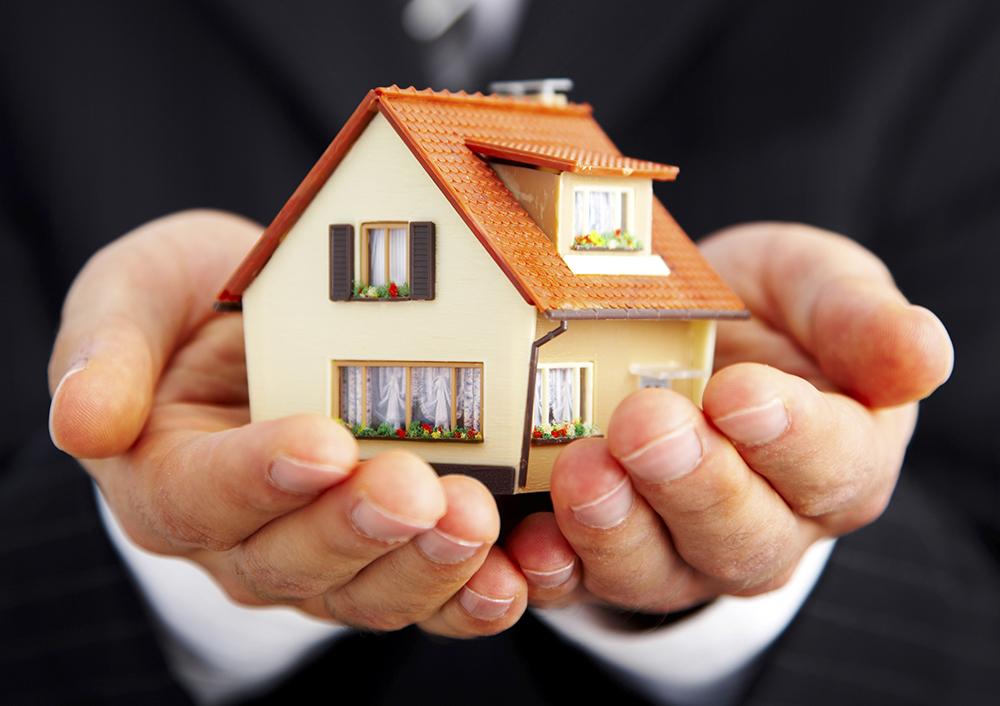 不動産オーナー様必見!不動産管理会社を活用しながら生前贈与しよう